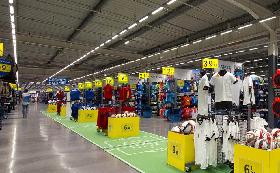 Eclairage LED d'un magasin de sport